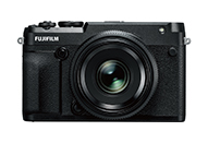 中判ミラーレスデジタルカメラ「GFXシリーズ」レンジファインダースタイルの「FUJIFILM GFX 50R」