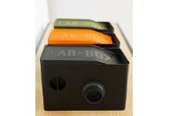 暗室がなくてもフィルムが現像できる「LAB-BOX」