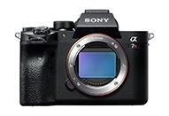 有効約6100万画素の新開発35mmフルサイズCMOSイメージセンサー搭載「α7R IV」