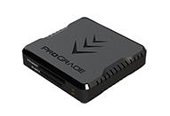 USB3.2 Gen2対応、2枚のカードを同時に高速転送