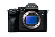 最高ISO409600、高精細4K120p動画など撮影性能と機動性を強化