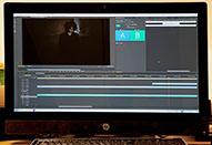 一眼ムービーの撮影現場で簡単な動画編集がサクサクできる
