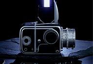 商品カタログを想定してアンティークカメラを撮る